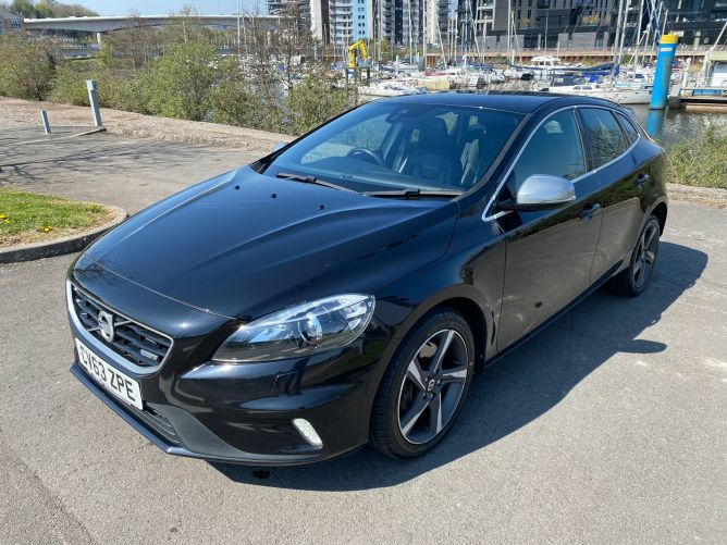 Used VOLVO V40 in Cardiff And Penarth for sale